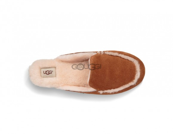 UGG Lane Slip-On Loafer Chestnut